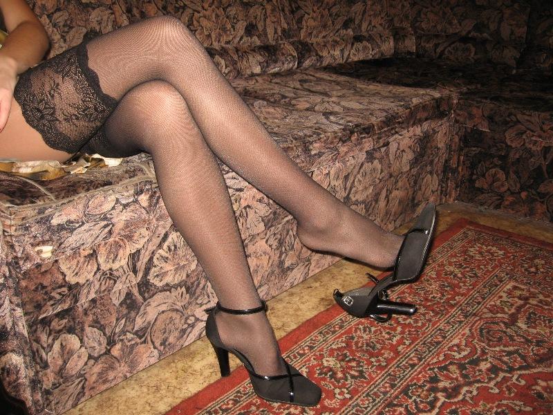 Голые ножки в капроне