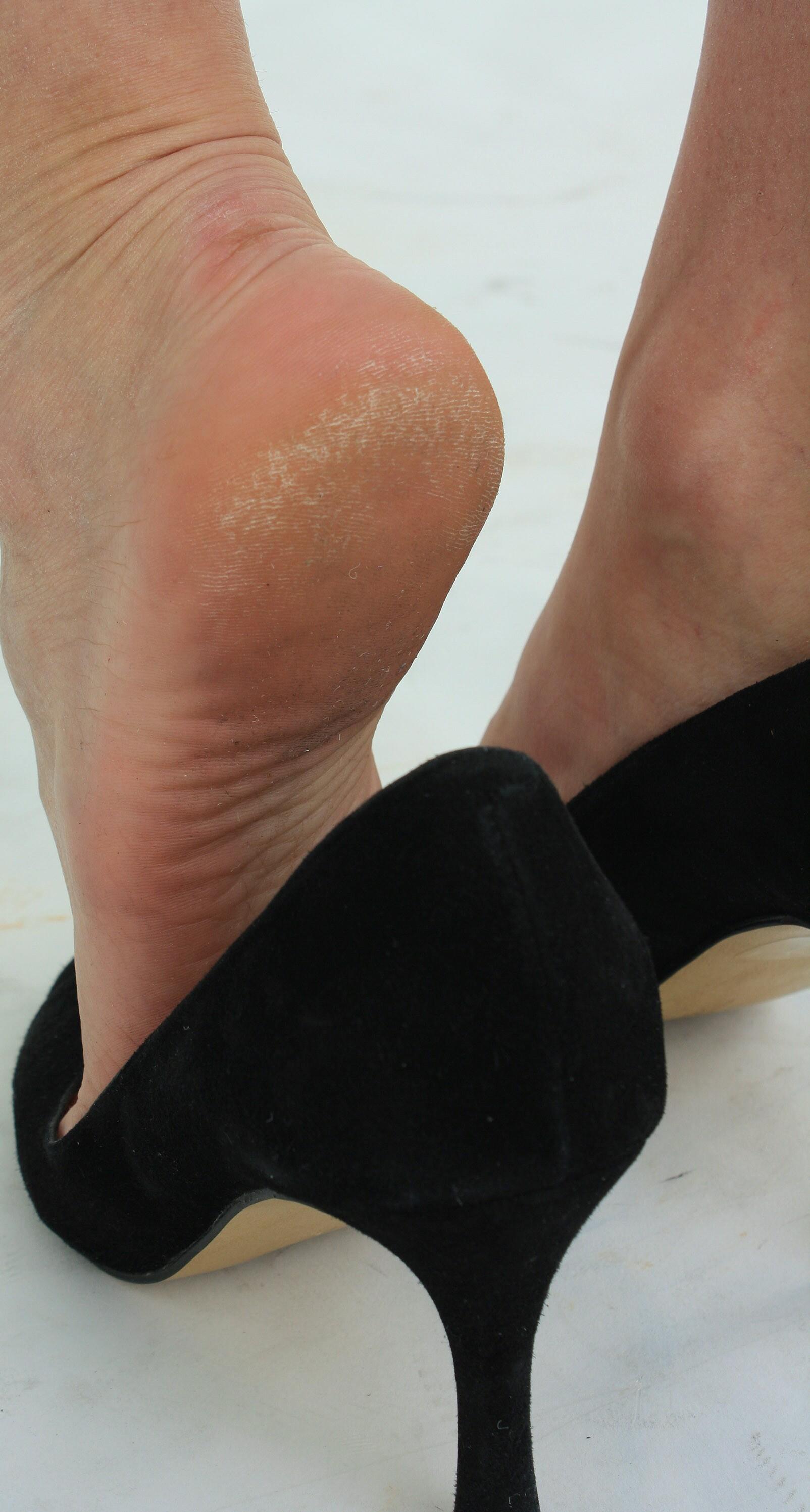 Фото грязные женские ступни 21 фотография