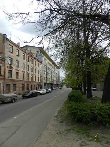 http://images.vfl.ru/ii/1399750123/694bb0a2/5092564_m.jpg