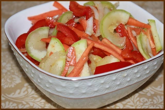 Консервируем салаты с кабачков и рецептом