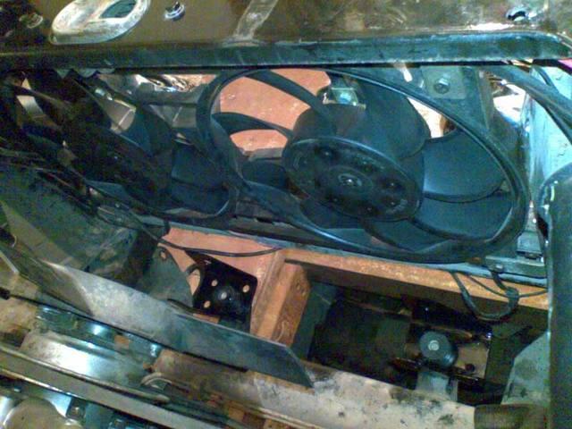 в натяг вентилятор W124 не