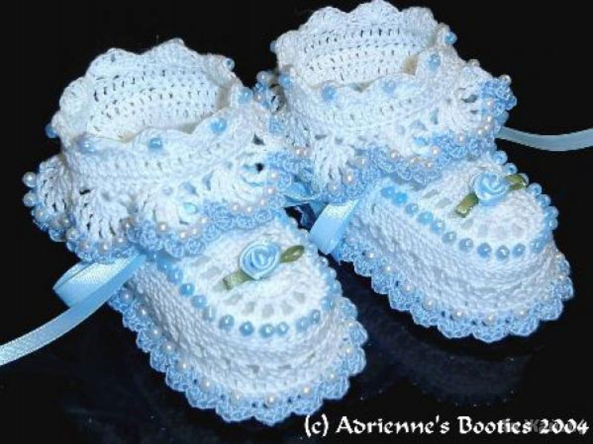 Вязать красивые пинетки для новорожденного 98