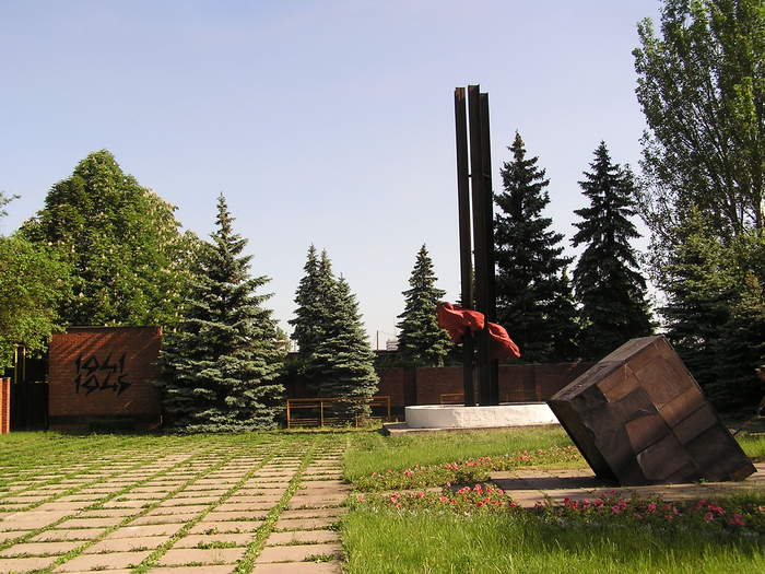 http://images.vfl.ru/ii/1406282977/aa8c0b0c/5800032.jpg