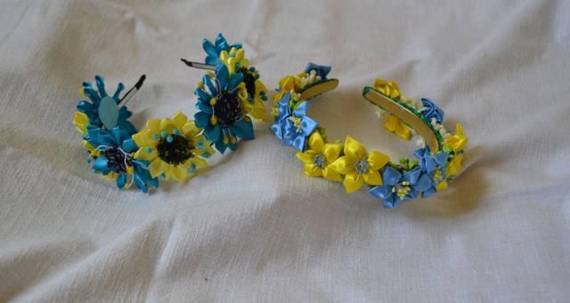 Ободки из цветов своими руками фото из атласных лент