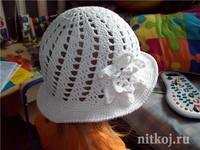 Шапочки, шляпки, панамки 6368787_s