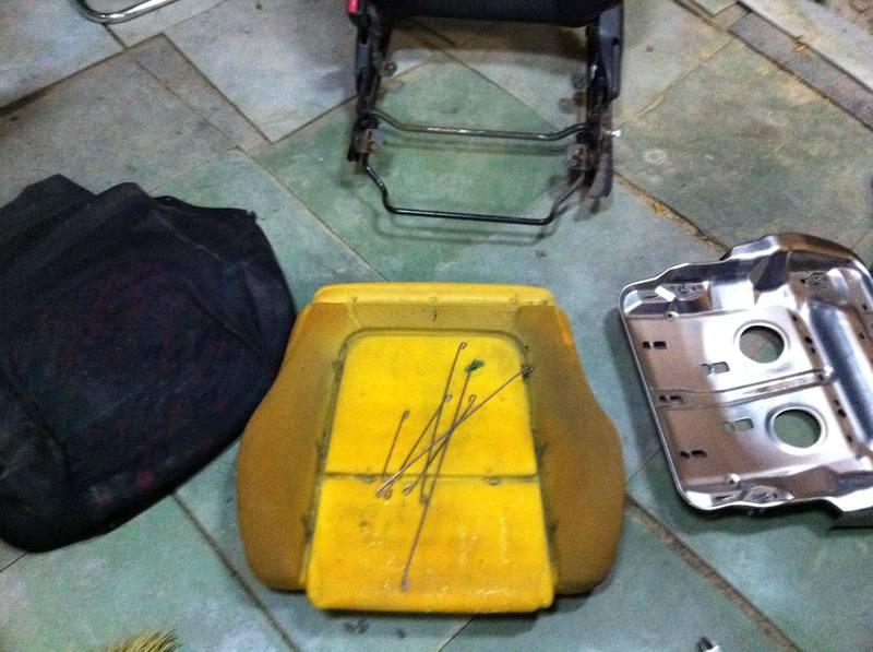 Как снять обивку сидений - Фотоотчет