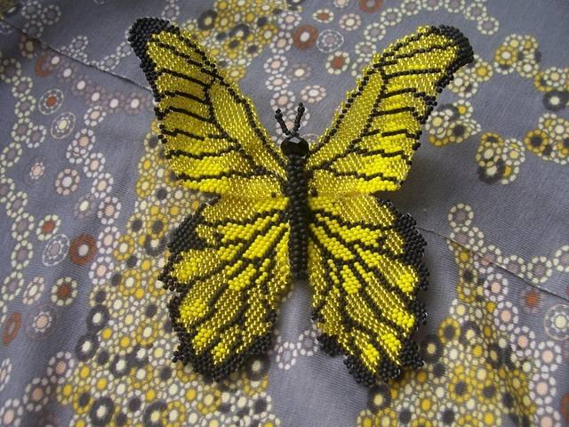 Как сделать из бисера своими бабочку 645