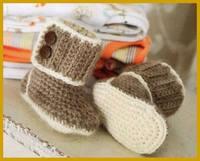 Пинетки, носочки, тапочки - для детей 6483520_s