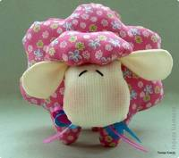 2015 год - год Овцы (Козы) 6532448_s