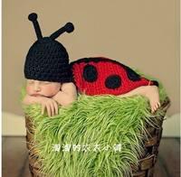 Вязаные костюмы и аксессуары для детской фотосессии 6578653_s