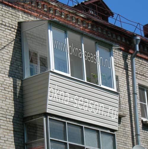 Кому доверить остекление балкона с крышей?.