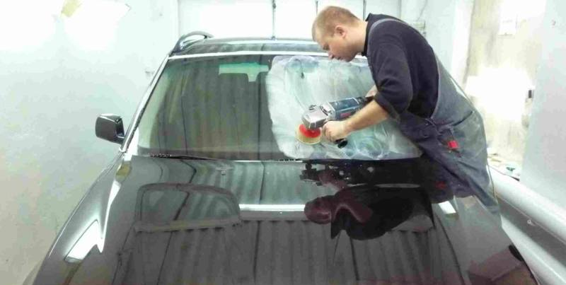 Как отполировать стекло на автомобиле от царапин своими руками 4