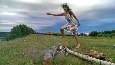 http://images.vfl.ru/ii/1499509415/85c280fb/17854243_m.jpg