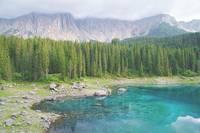 Озеро Лаго ди Кареццо в Доломитовых Альпах. Фото Морошкина В.В.