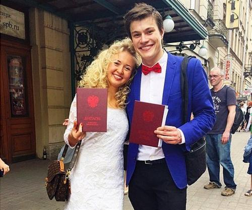 Олег гаас с женой анастасией фото свадьба