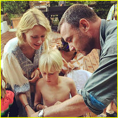 liev-schreiber-and-naomi-watts-reunite-for-sons-10th-birthday