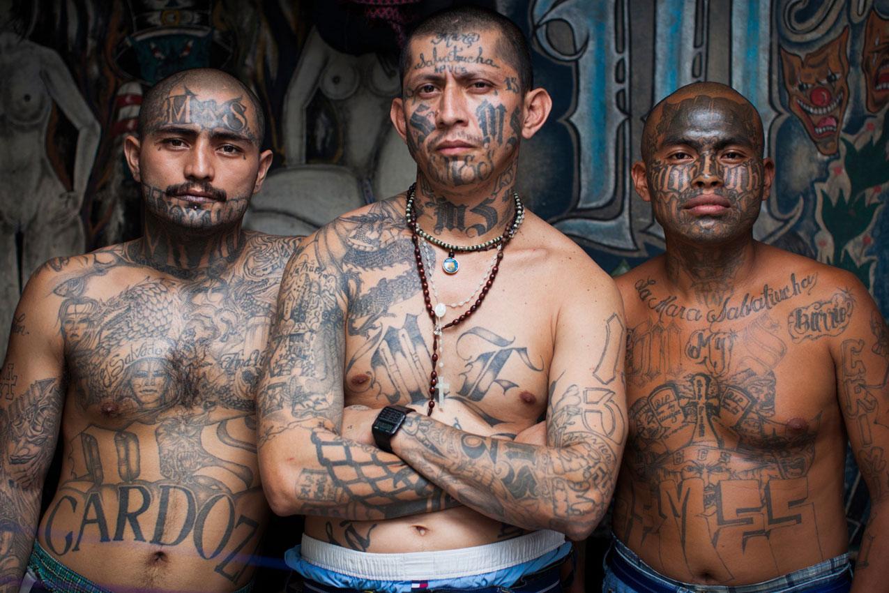 10 самых опасных татуировок фото