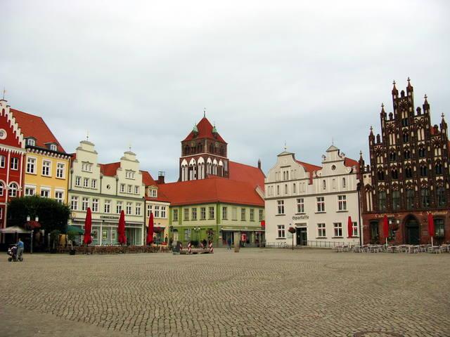 http://images.vfl.ru/ii/1502218938/283bb48c/18184486_m.jpg