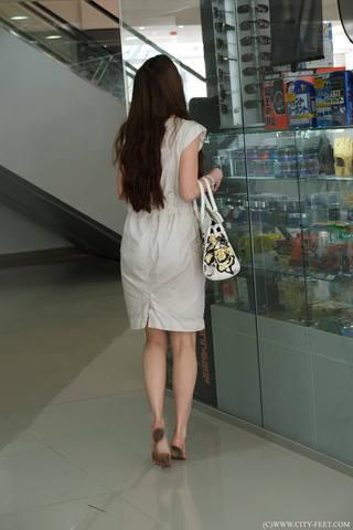 http://images.vfl.ru/ii/1502305027/fd279c97/18195673_m.jpg