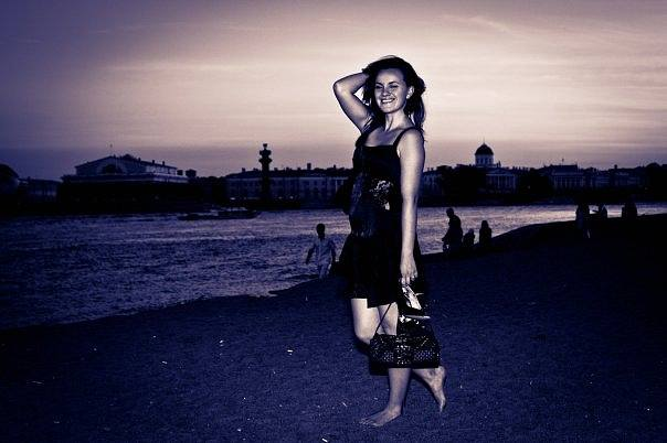 http://images.vfl.ru/ii/1502386144/012a25da/18206006_m.jpg
