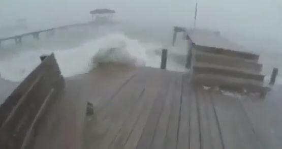 Репортаж из соцсетей: ураган в Техасе стал самым мощным за последние 12 лет   Изображение 2