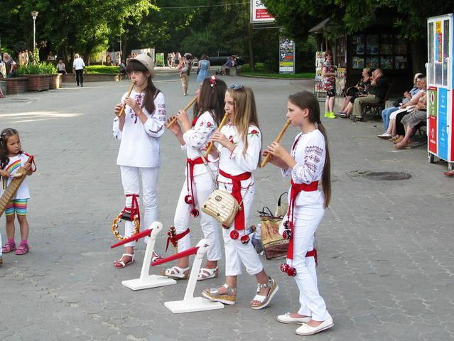 http://images.vfl.ru/ii/1504370968/63d90d61/18459103_m.jpg