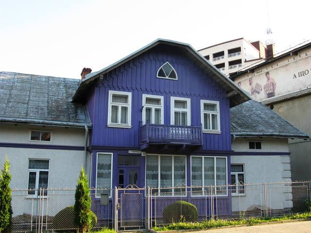 http://images.vfl.ru/ii/1504370970/4490b823/18459111_m.jpg