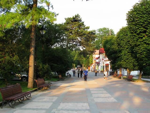 http://images.vfl.ru/ii/1504371043/764b18f4/18459133_m.jpg