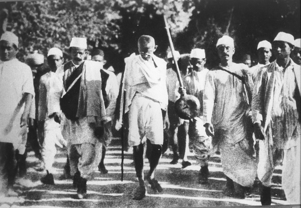 nationalist movements in india India and the contemporary world 54 1 the first world war, khilafat and non-cooperation in the years after 1919, we see the national movement spreading to.