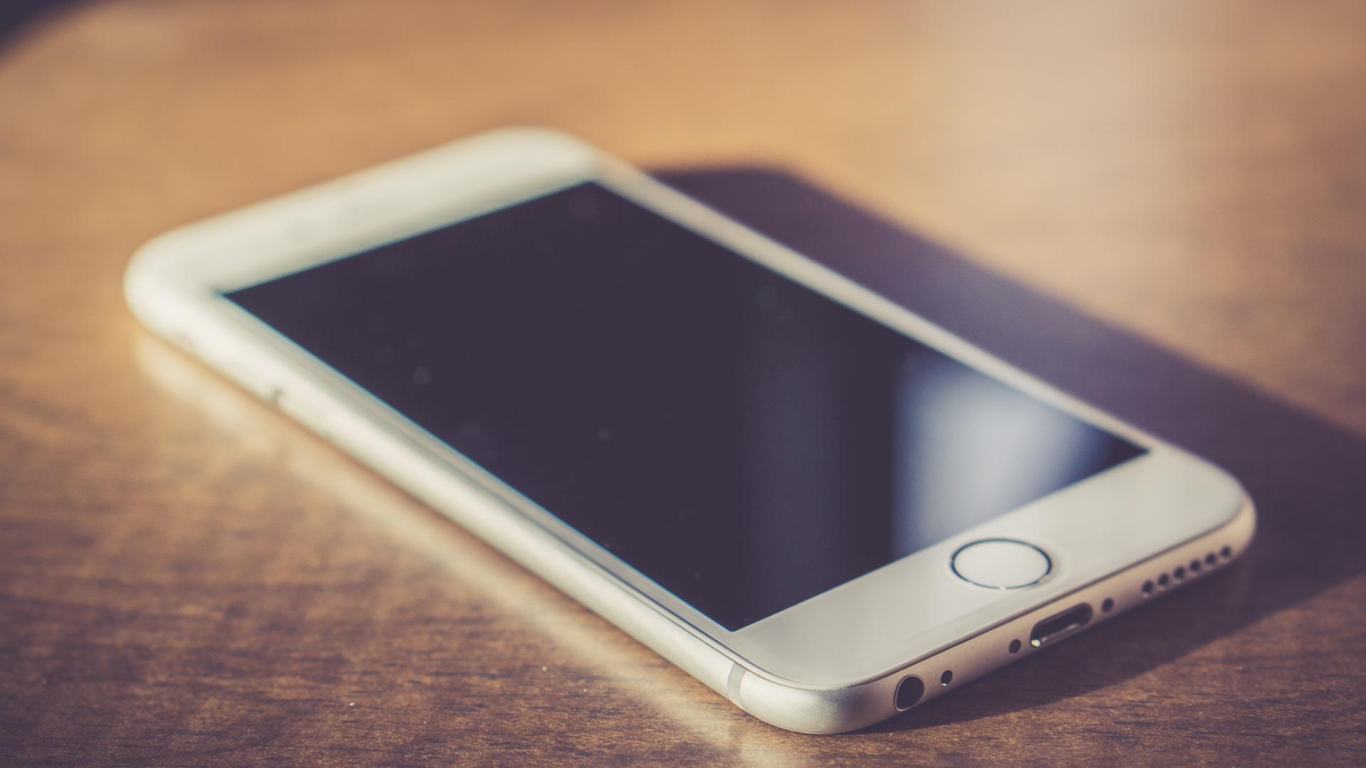Apple Special Event: в iPhone X появится технология распознавания лиц FaceID