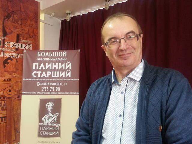 http://images.vfl.ru/ii/1507375455/539467a9/18898867_m.jpg