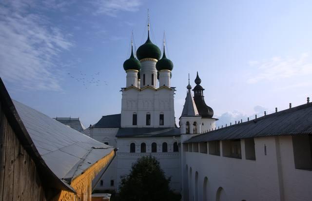 http://images.vfl.ru/ii/1507457697/50008eca/18911245_m.jpg