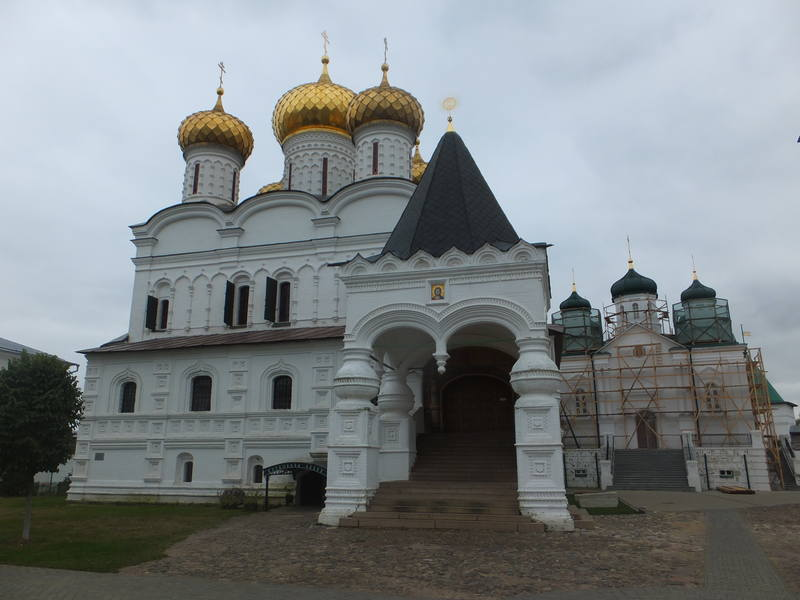 Вслед за Сусаниным. Поездка выходного дня в Кострому и окрестности из Кирова