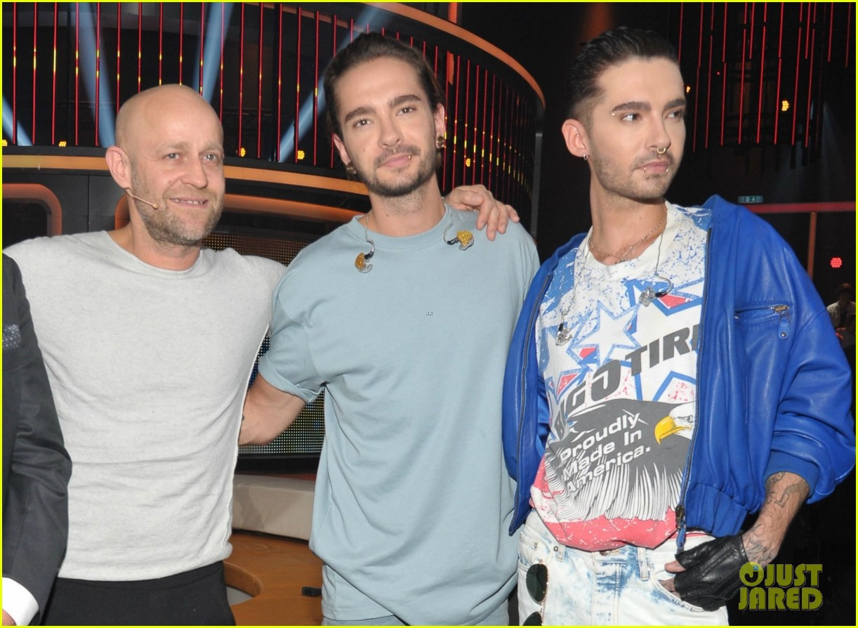 tokio-hotels-tom-bill-kaulitz-step-out-ahead-of-dream-machine-tour-2017-03