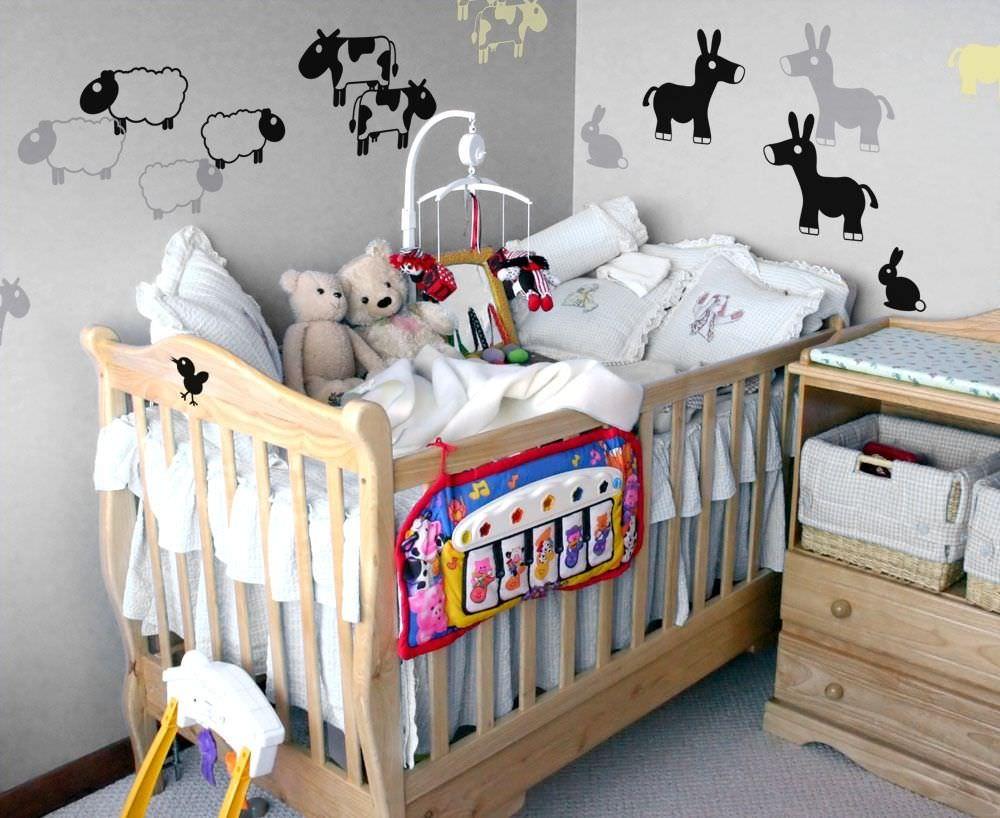 Как сделать уголок для новорожденных