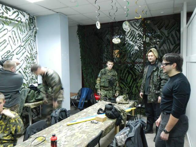 http://images.vfl.ru/ii/1511633109/f3aa2212/19567284_m.jpg
