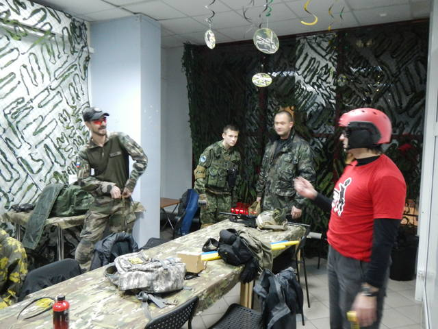 http://images.vfl.ru/ii/1511633112/443fab96/19567289_m.jpg