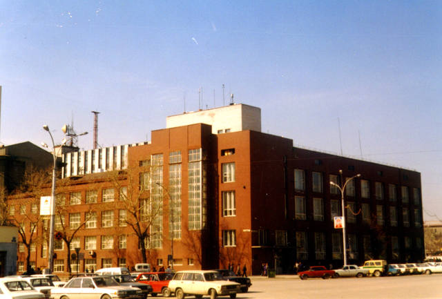 http://images.vfl.ru/ii/1512849196/617c9487/19751340_m.jpg