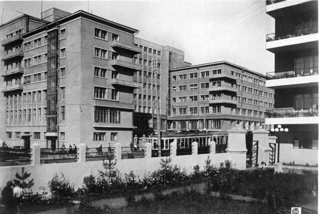 http://images.vfl.ru/ii/1512851552/20ddedf5/19751685_m.jpg
