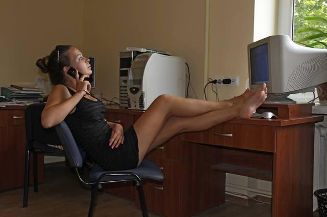 Секс в машине с секретаршей по русски АФФТАРУ