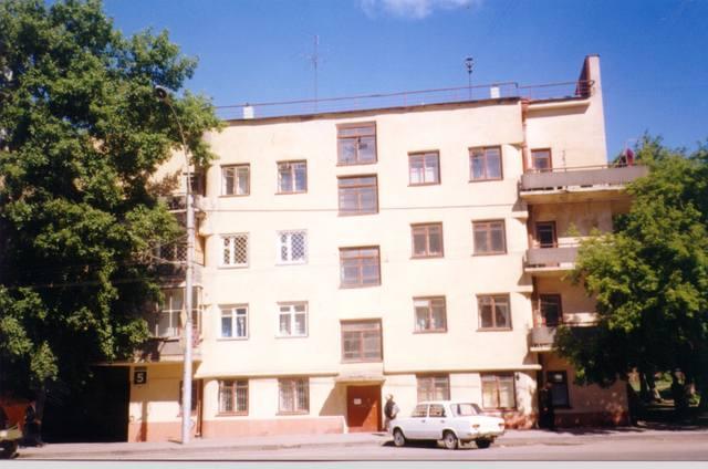 http://images.vfl.ru/ii/1513680704/3b8b15b9/19849016_m.jpg