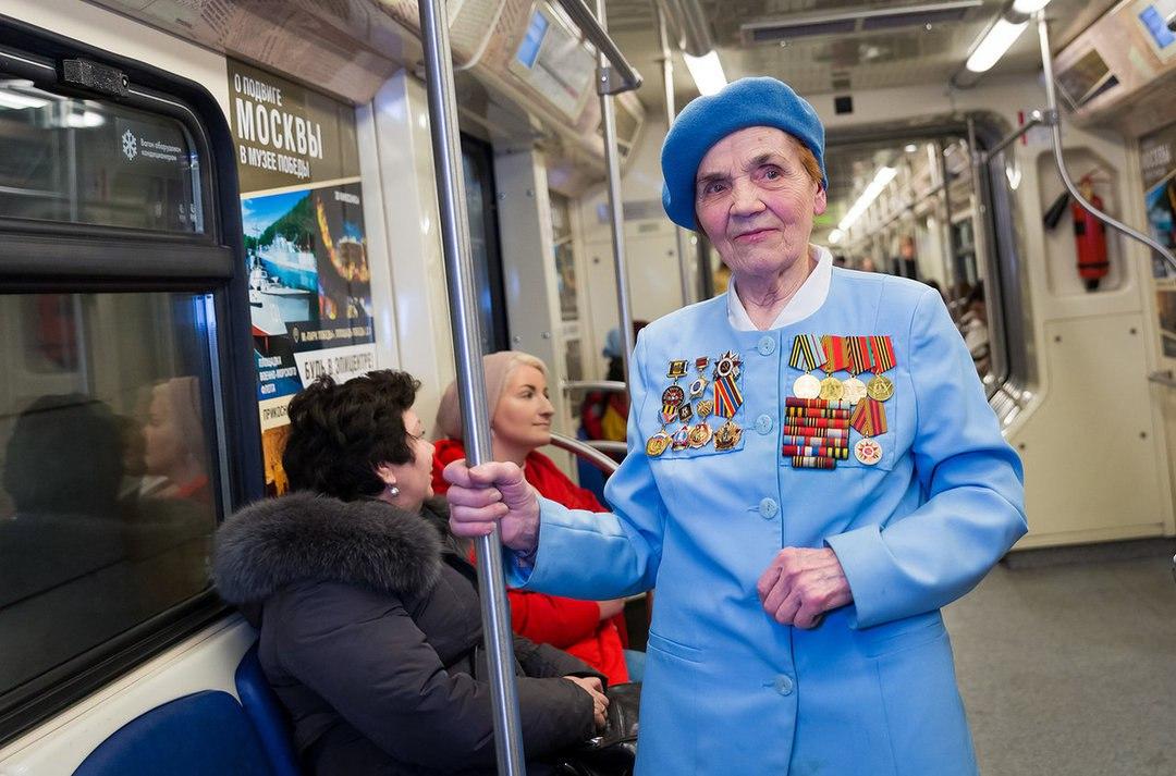 Новый тематический поезд запущен на «серой» ветке метро   Изображение 2