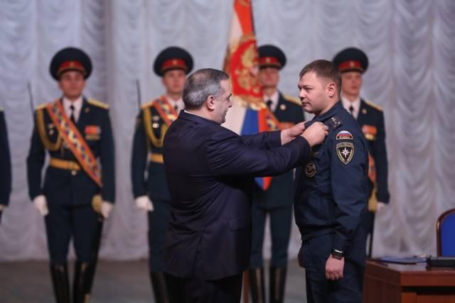 http://images.vfl.ru/ii/1518676941/2cf510c2/20593336_m.jpg