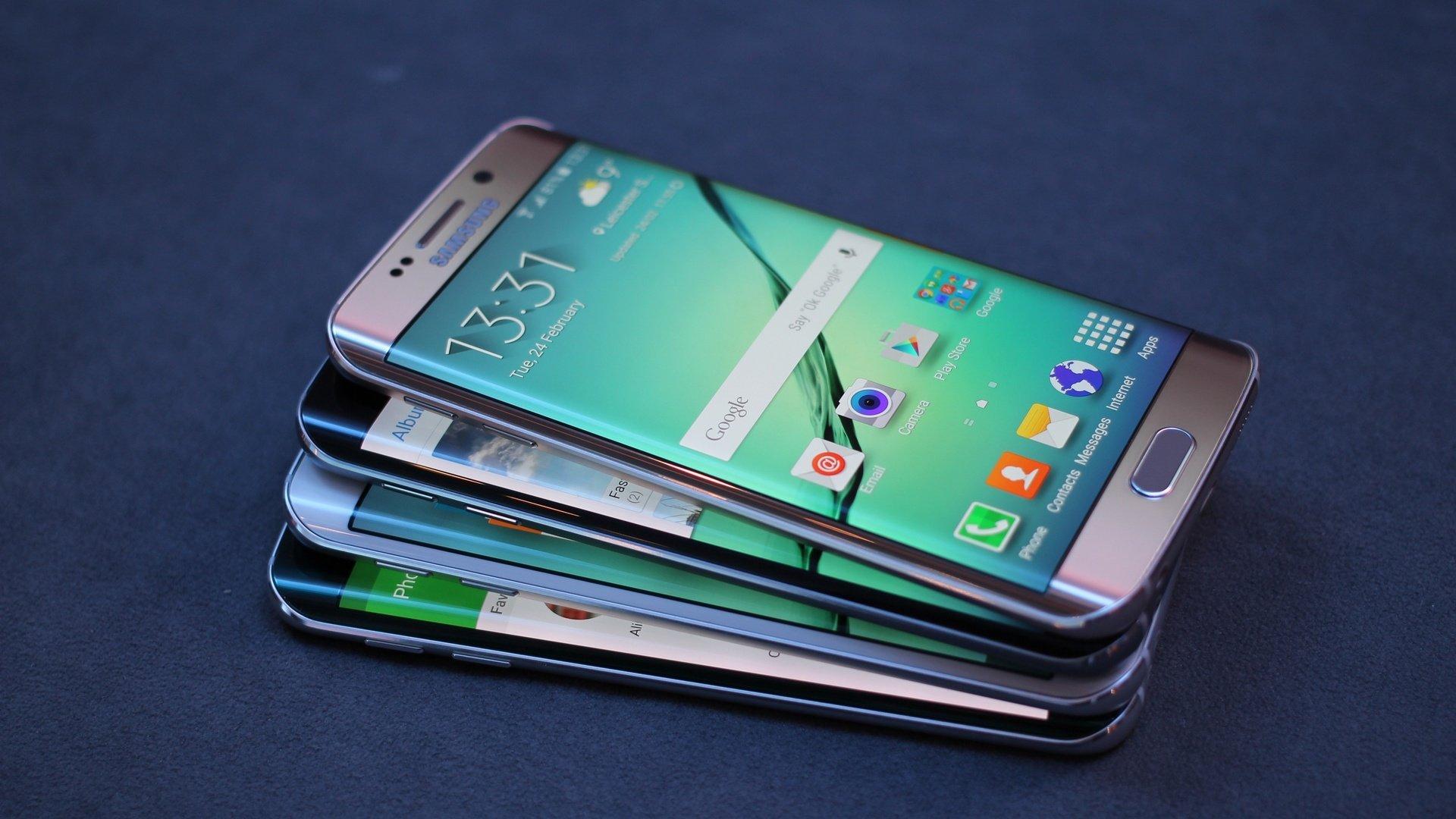 Анонсированы смартфоны Samsung Galaxy S9 и S9+