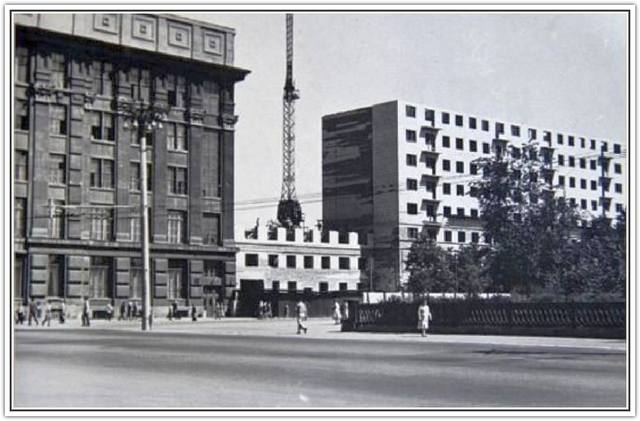 http://images.vfl.ru/ii/1519996289/3d9e57d0/20796241_m.jpg