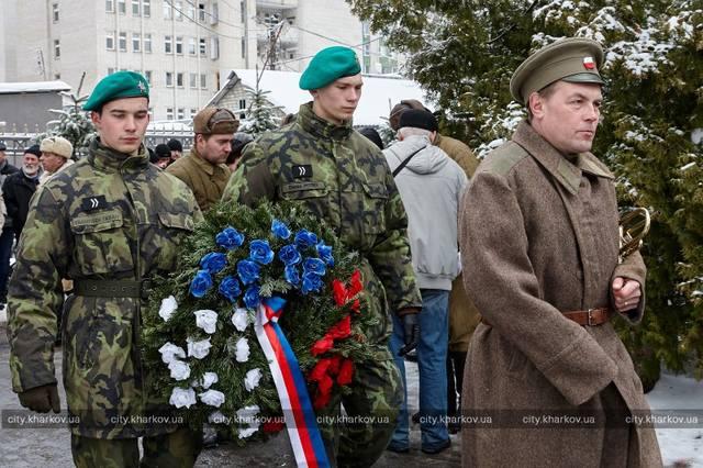 http://images.vfl.ru/ii/1520585698/f16d58f2/20880614_m.jpg