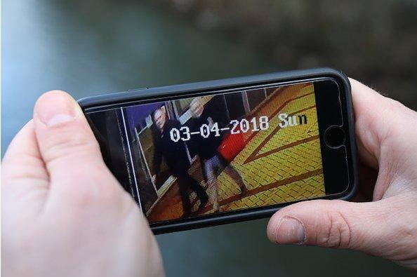 http://images.vfl.ru/ii/1521103371/a45c7d79/20963663.jpg