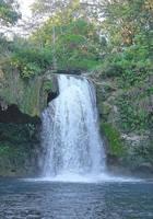 Водопад, впадающий в озеро в окрестностях Паленке. Фото Морошкина В.В.