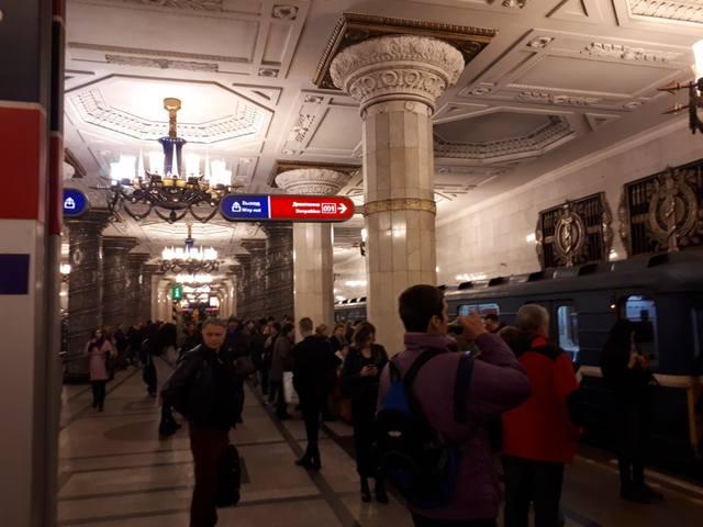 http://images.vfl.ru/ii/1524048847/f6f37c08/21418667_m.jpg