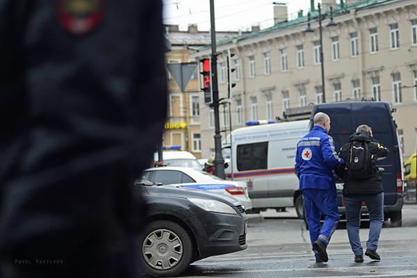 http://images.vfl.ru/ii/1524503961/d02b886b/21483526_m.jpg